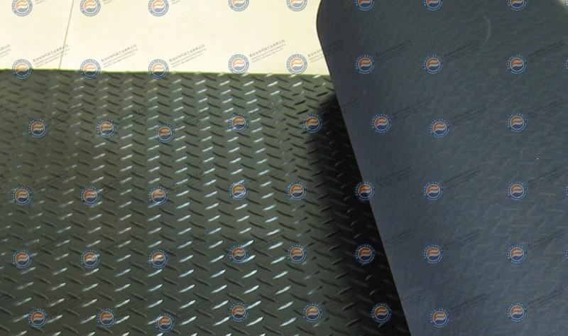 柳叶式橡胶地垫